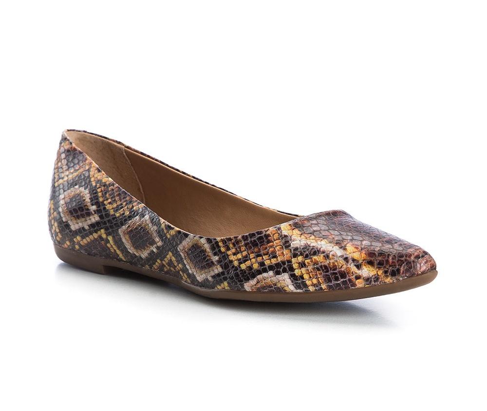 Обувь женскаяБалетки женские, изготовленные по технологии Hand Made и выполнены из натуральной итальянской кожи наивысшего качества. Подошва сделана из качественного синтетического материала. Выразительные украшения и принты, добавляют обуви элегантности которая прийдется по вкусу даже самым требовательным клиенткам.<br><br>секс: женщина<br>Цвет: разноцветный<br>Размер EU: 38<br>материал:: Натуральная кожа