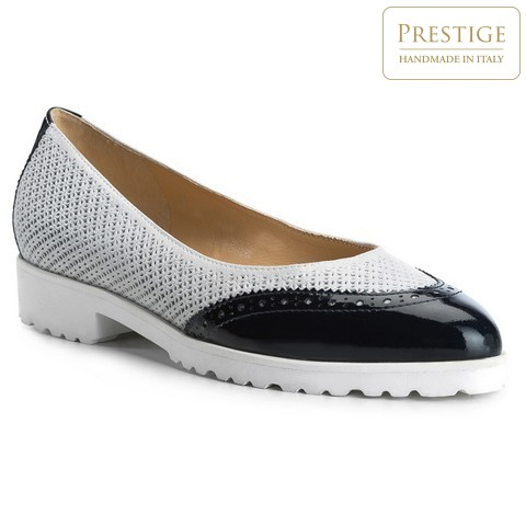 Обувь женская Wittchen 84-D-114-S