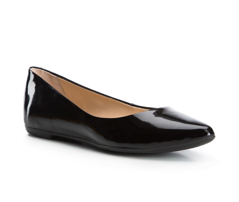 Обувь женскаяБалетки женские, изготовленные по технологии Hand Made и выполнены из натуральной итальянской кожи наивысшего качества. Подошва сделана из качественного синтетического материала. Выразительные украшения и принты, добавляют обуви элегантности которая прийдется по вкусу даже самым требовательным клиенткам.<br><br>секс: женщина<br>Цвет: черный<br>Размер EU: 38<br>материал:: Натуральная кожа