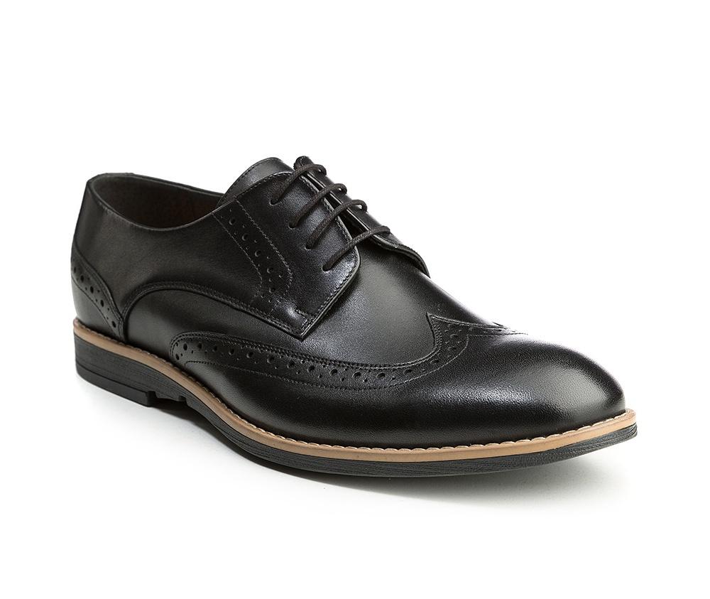 Обувь мужскаяМужские туфли выполнены по технологии \hand made\ из лучшей итальянской кожи. Подошва полностью сделана из качественного синтетического материала.<br><br>секс: мужчина<br>Цвет: черный<br>Размер EU: 43<br>материал:: Натуральная кожа<br>примерная высота каблука (см):: 2,5