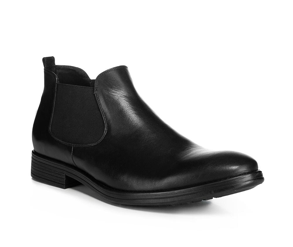 Обувь мужскаяМужские штиблеты выполнены по технологии \hand made\ из лучшей итальянской кожи.  Подошва полностью сделана из качественного синтетического материала.<br><br>секс: мужчина<br>Цвет: черный<br>Размер EU: 44<br>материал:: Натуральная кожа<br>примерная высота каблука (см):: 3