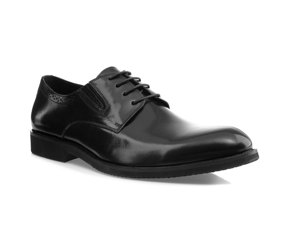 Обувь мужская Wittchen 85-M-800-1, черныйМужские ботинки выполнены по технологии \\\hand made\\\ из лучшей итальянской кожи. Подошва полностью сделана из качественного синтетического материала.<br><br>секс: мужчина<br>Цвет: черный<br>Размер EU: 41<br>материал:: Натуральная кожа<br>примерная высота каблука (см):: 3