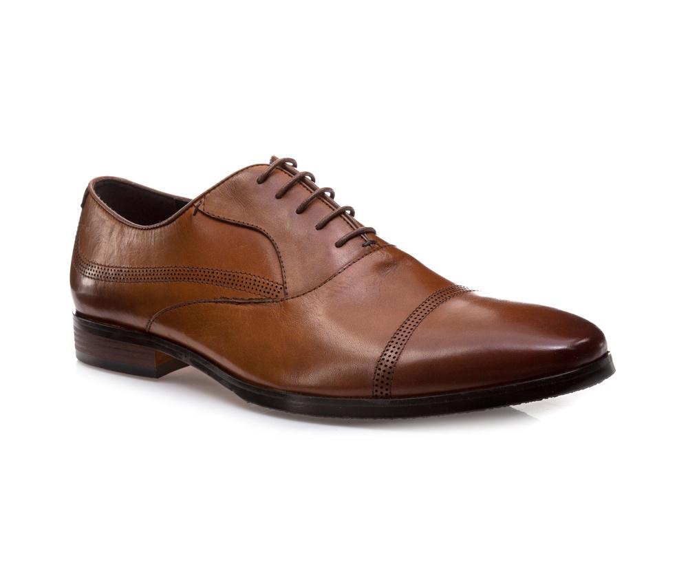 Обувь мужскаяМужские ботинки типа Оксфорд выполнены по технологии \hand made\ из лучшей итальянской кожи. Подошва полностью сделана из качественного синтетического материала.<br><br>секс: мужчина<br>Цвет: коричневый<br>Размер EU: 42<br>материал:: Натуральная кожа<br>примерная высота каблука (см):: 2,5