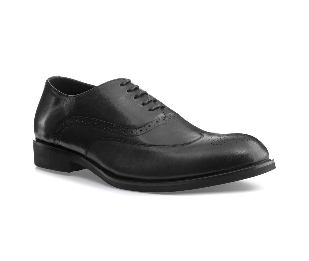 Обувь мужская Wittchen 85-M-807-8, графитМужские ботинки выполнены по технологии \\\hand made\\\ из лучшей итальянской кожи. Подошва полностью сделана из качественного синтетического материала.<br><br>секс: мужчина<br>Цвет: серый<br>Размер EU: 45<br>материал:: Натуральная кожа<br>примерная высота каблука (см):: 3