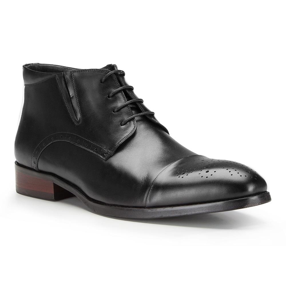 Pánske členkové topánky.