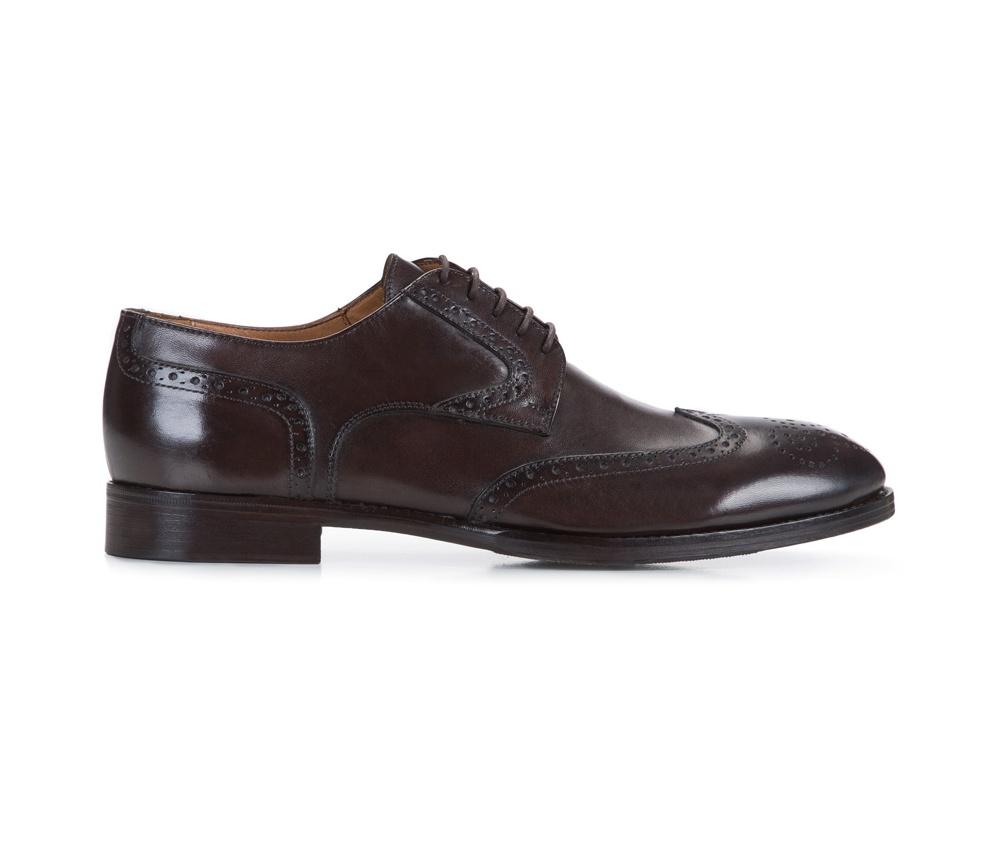 Обувь полностью из кожи