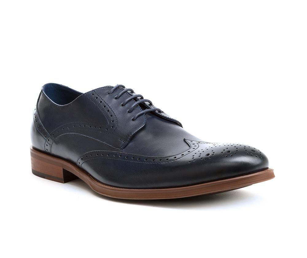 Обувь мужскаяТуфли мужские. Изготовленные по технологии Hand Madeи выполнены полностью из натуральной итальянской кожи наивысшего качества. Подошва  сделана из качественного синтетического материала. Идеальная модель для современного мужчины.<br><br>секс: мужчина<br>Цвет: синий<br>Размер EU: 44<br>материал:: Натуральная кожа<br>примерная высота каблука (см):: 3