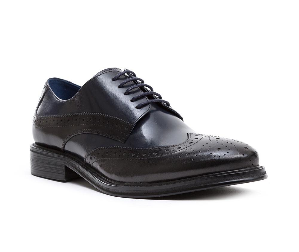Обувь мужскаяТуфли мужские. Изготовленные по технологии Hand Madeи выполнены полностью из натуральной итальянской кожи наивысшего качества. Подошва  сделана из качественного синтетического материала. Идеальная модель для современного мужчины.<br><br>секс: мужчина<br>Цвет: черный<br>Размер EU: 45<br>материал:: Натуральная кожа<br>примерная высота каблука (см):: 3