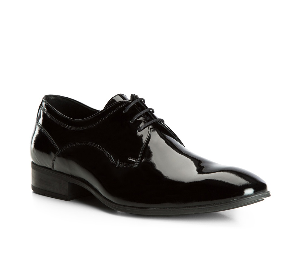 Обувь мужскаяТуфли мужские типа Дерби. Изготовленные по технологии Hand Made выполнены полностью из натуральной итальянской кожи наивысшего качества. Подошва полностью сделана из качественного синтетического материала. Эта модель идеально подходит для тех кому нравится классика и функциональность.<br><br>секс: мужчина<br>Цвет: черный<br>Размер EU: 43<br>материал:: Натуральная кожа<br>примерная высота каблука (см):: 3,5