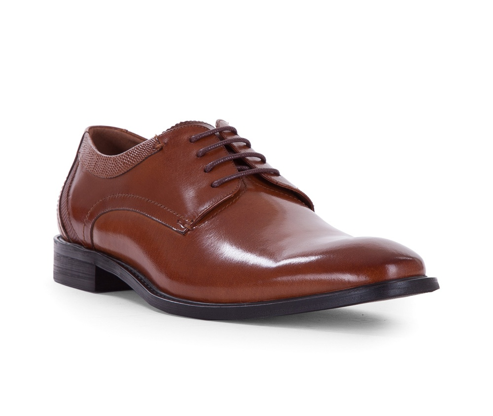 Обувь мужскаяТуфли мужские типа Дерби. Изготовленные по технологии Hand Made выполнены полностью из натуральной итальянской кожи наивысшего качества.<br><br>секс: мужчина<br>Цвет: коричневый<br>Размер EU: 44<br>материал:: Натуральная кожа