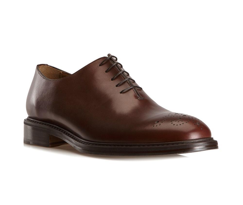 Обувь мужскаяТуфли мужские типа Оксфорды. Изготовленные по технологии Hand Made выполнены полностью из натуральной итальянской кожи наивысшего качества. Подошва полностью сделана из качественного синтетического материала. Отличительной чертой этой линии от других моделей, является серебряный значок с логотипом WITTCHEN, расположенный на подошве. Эта модель идеально подходит для тех кому нравится классика и функциональность.<br><br>секс: мужчина<br>Цвет: коричневый<br>Размер EU: 45<br>материал:: Натуральная кожа<br>примерная высота каблука (см):: 3