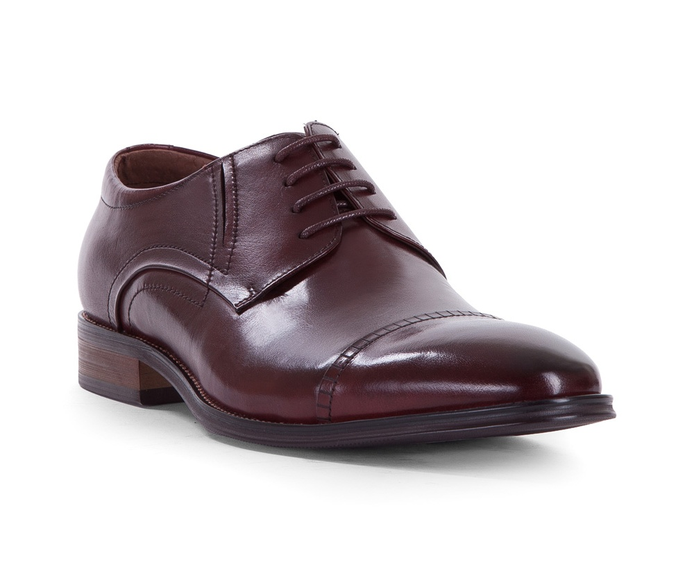 Обувь мужскаяТуфли мужские типа Grafton. Изготовленные по технологии Hand Made и выполнены полностью из натуральной итальянской кожи наивысшего качества. Подошва  сделана из качественного синтетического материала.  Такие туфли подчеркнут современный и модный офисный стиль.<br><br>секс: мужчина<br>Цвет: коричневый<br>Размер EU: 44<br>материал:: Натуральная кожа
