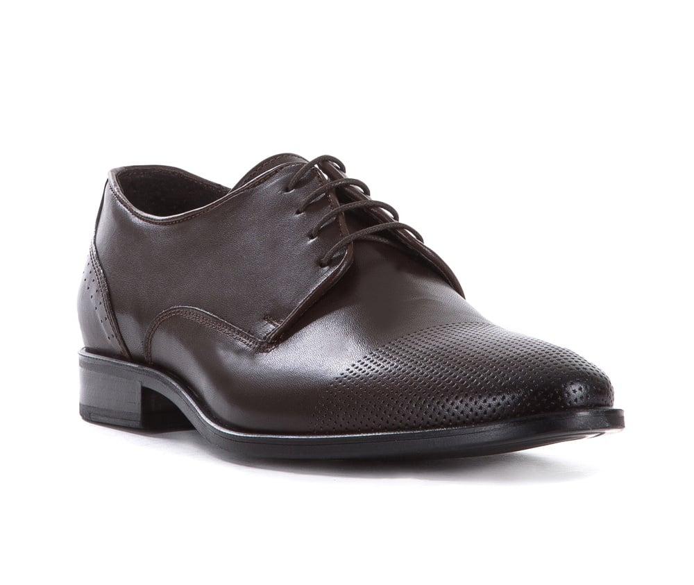 Обувь мужскаяТуфли мужские типа Дерби. Изготовленные по технологии Hand Made выполнены полностью из натуральной итальянской кожи наивысшего качества. Подошва полностью сделана из качественного синтетического материала. Эта модель идеально подходит для тех кому нравится классика и функциональность.<br><br>секс: мужчина<br>Цвет: коричневый<br>Размер EU: 44<br>материал:: Натуральная кожа<br>примерная высота каблука (см):: 3