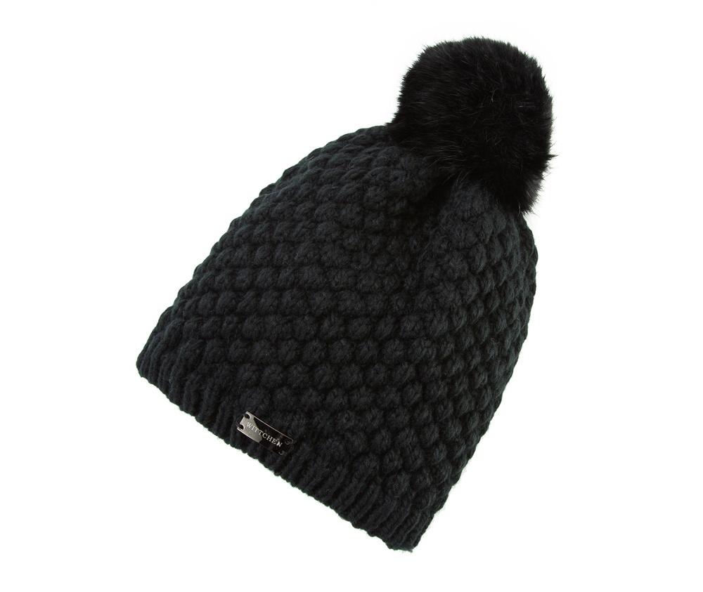 Шапка женскаяЖенская шапка из высококачественного материала с интересным плетением нити. Помпон из натурального меха енота украшает верх шапки чем придает  элегантности в повседневный стиль.<br><br>секс: женщина<br>Цвет: черный<br>материал:: Акрил