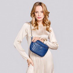Damska torebka nerka skórzana z ukośnym pikowaniem, niebieski, 92-4E-656-7, Zdjęcie 1