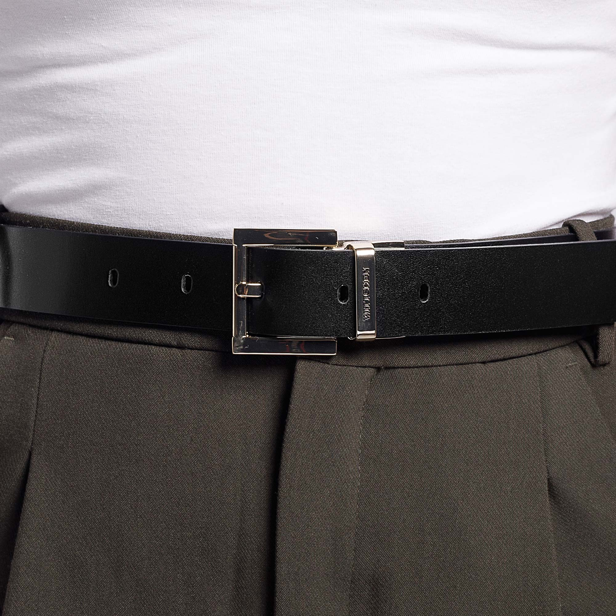 Damski pasek skórzany tłoczony w logo, czarno - biały, 92-8D-300-19-2X, Zdjęcie 1