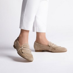 Women's suede loafers with fringe detailing, beige, 92-D-115-9-37, Photo 1