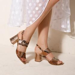 Damskie sandały na słupku ze skóry w wężowy wzór, brązowo - złoty, 92-D-126-5-39, Zdjęcie 1