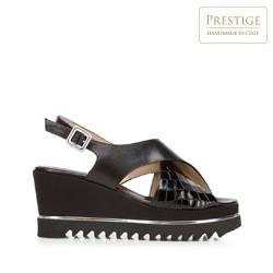 Damskie sandały na koturnie ze skóry w krokodyli wzór, czarny, 92-D-100-1-37, Zdjęcie 1