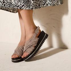 Damskie sandały zamszowe na platformie, beżowo - srebrny, 92-D-113-8-35, Zdjęcie 1