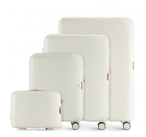 Комплект чемоданов 56-3P-84K-88