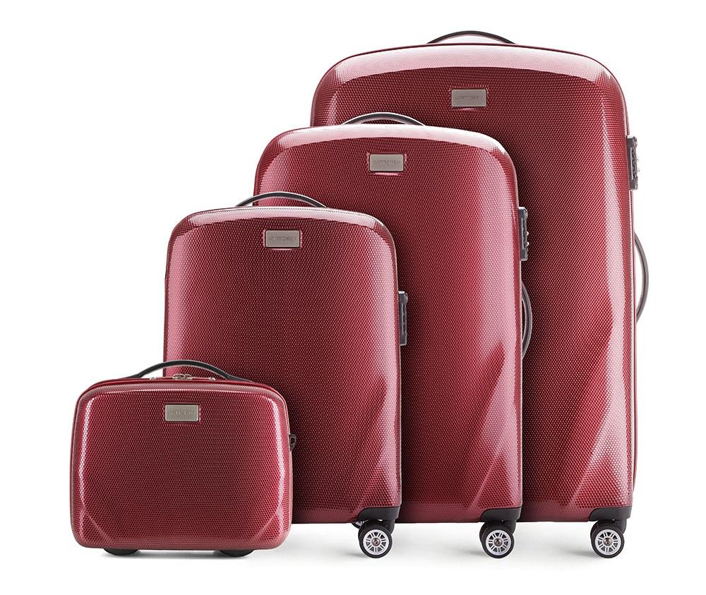 Комплект чемодановКомплект чемоданов из коллекции PC Ultra Light., изготовлен из прочного материала - поликарбонат.  Дополнительно покрыт специальным покрытием, повышающим устойчивость к царапинам.  Имеет 4 колесика сделанные из пластика ABS с термопластичным покрытием, трехступенчатая выдвижная ручка, прорезиненная ручка для ношения в руке.  Дополнительно кодовый замок TSA, который гарантирует безопасное открытие чемоданов и его повторное закрытие без повреждения замка сотрудниками таможни. В состав комплекта входят: Косметичка имеет съемный регулируемый ремень и ремень  для закрепления на ручке чемодана.  Особенности модели:  отделение с эластичными ремнями, предохраняющими одежду от перемещения; отделение на молнии;  2 кармана из сетки на молнии.  В состав комплекта входят:    Маленький чемодан  на колесах 56-3-571  средний чемодан на колесах 56-3-572  большой чемодан на колесиках 56-3-753  Косметичка 56-3-574<br><br>секс: унисекс<br>Цвет: красный<br>материал:: Поликарбонат<br>подкладка:: полиэстер<br>высота (см):: 56 - 68 - 79 - 31<br>ширина (см):: 37 - 46 - 53 - 34<br>глубина (см):: 20 - 23 - 27 - 16<br>размер:: комплект<br>вес (кг):: 2,3 - 3,2 - 3,7 - 1,1<br>объем (л):: 11 - 32 - 63 - 95<br>Комплекты: так