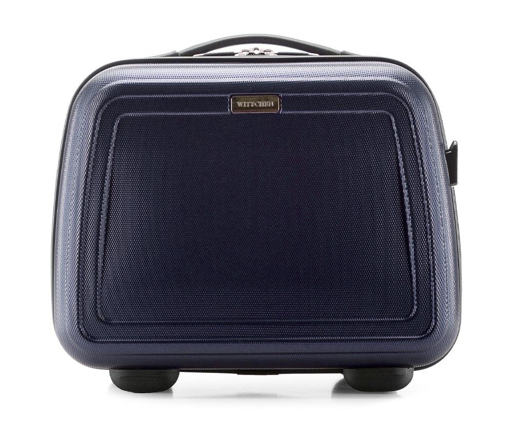 Бьюти-кейсБьюти-кейс из коллекцииWave Line, выполнен из высокопрочного пластика ABS. Имеет удобную ручку, съемный регулируемый плечевой ремень и может крепится на рукоятке чемодана.&#13;<br>Особенности модели: &#13;<br>&#13;<br>    основное отделение с эластичными ремешками;&#13;<br>    клапан с застежкой;&#13;<br>    3 кармана для мелких предметов,  один из которых на молнии.<br><br>секс: унисекс<br>Цвет: синий<br>материал:: ABS пластик<br>подкладка:: полиэстер 210D<br>высота (см):: 30<br>ширина (см):: 34<br>глубина (см):: 17<br>вес (кг):: 1<br>объем (л):: 12