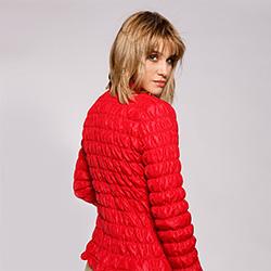 Damska kurtka pikowana i marszczona, czerwony, 92-9N-402-3-2XL, Zdjęcie 1