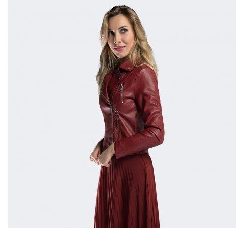 Красная женская кожаная куртка
