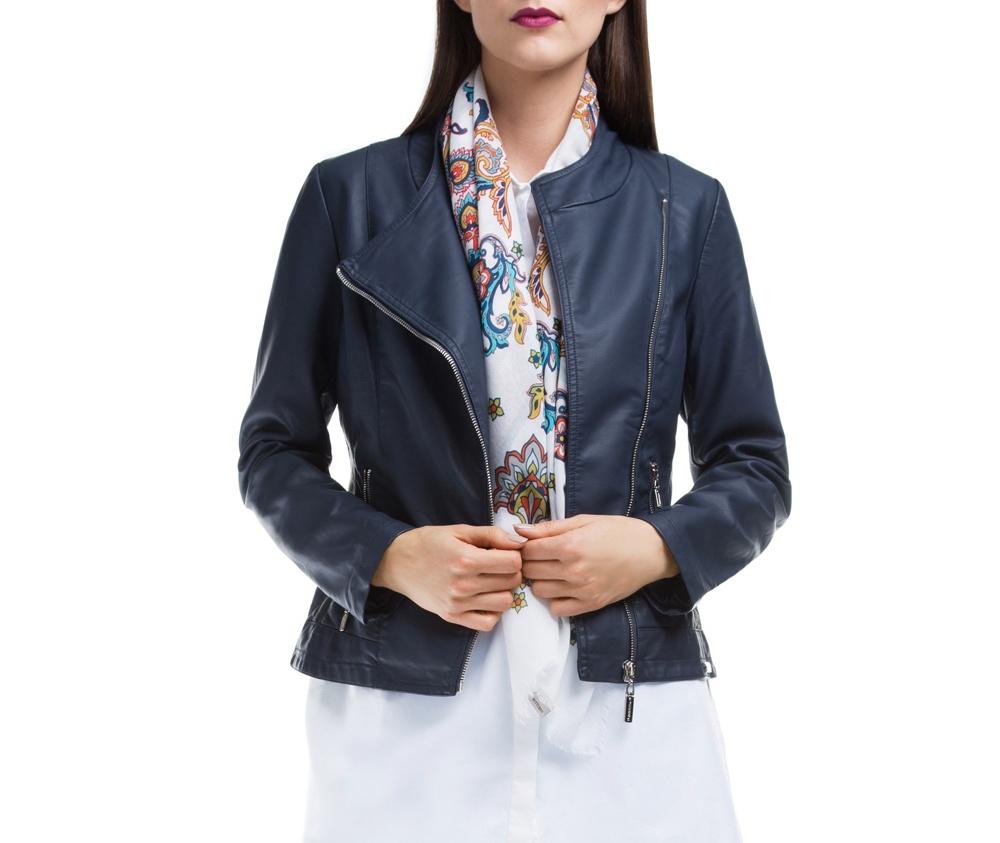 Куртка ЖенскаяКуртка изготовлена ??из высококачественного материала. Модель застегивается на молнию. Куртка очень легкая, и комфортная.<br><br>секс: женщина<br>Цвет: синий<br>Размер INT: L