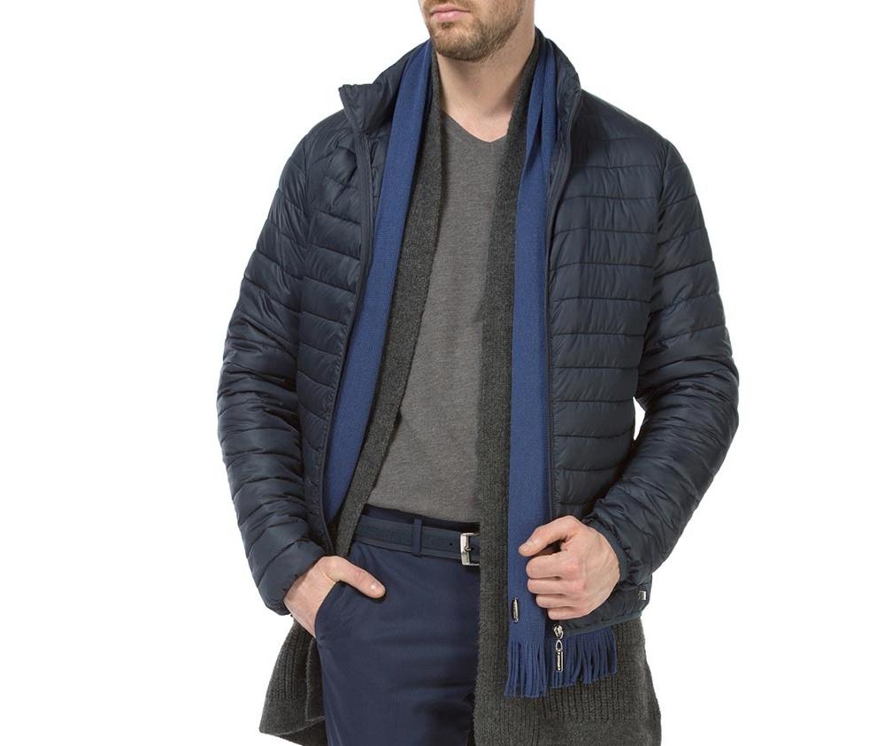 Куртка мужскаяМужская куртка ,сделана из материалов высокого качества. Модель застегивается на молнию, Воротник-стойка. Имеет 2 кармана внешних на молнии и 2 внутренних открытых кармана кармана. Модель идеально сочетается со спортивным стилем.<br><br>секс: мужчина<br>Цвет: синий<br>Размер INT: M<br>материал:: Полиэстер<br>подкладка:: полиэстер<br>примерная общая длина (см):: 66