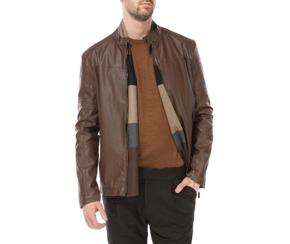 Куртка мужскаяМужская куртка изготовлена из экологической, мягкой кожи. Застегивается на молнию. Воротник стойка на кнопке. Имеет 2 кармана внешних на молнии и внутренний карман на пуговице. Благодаря классическому крою , куртка идеально сочетается с многими стилями.<br><br>секс: мужчина<br>Цвет: коричневый<br>Размер INT: XXL<br>материал:: Натуральная кожа<br>подкладка:: полиэстер<br>примерная общая длина (см):: 64