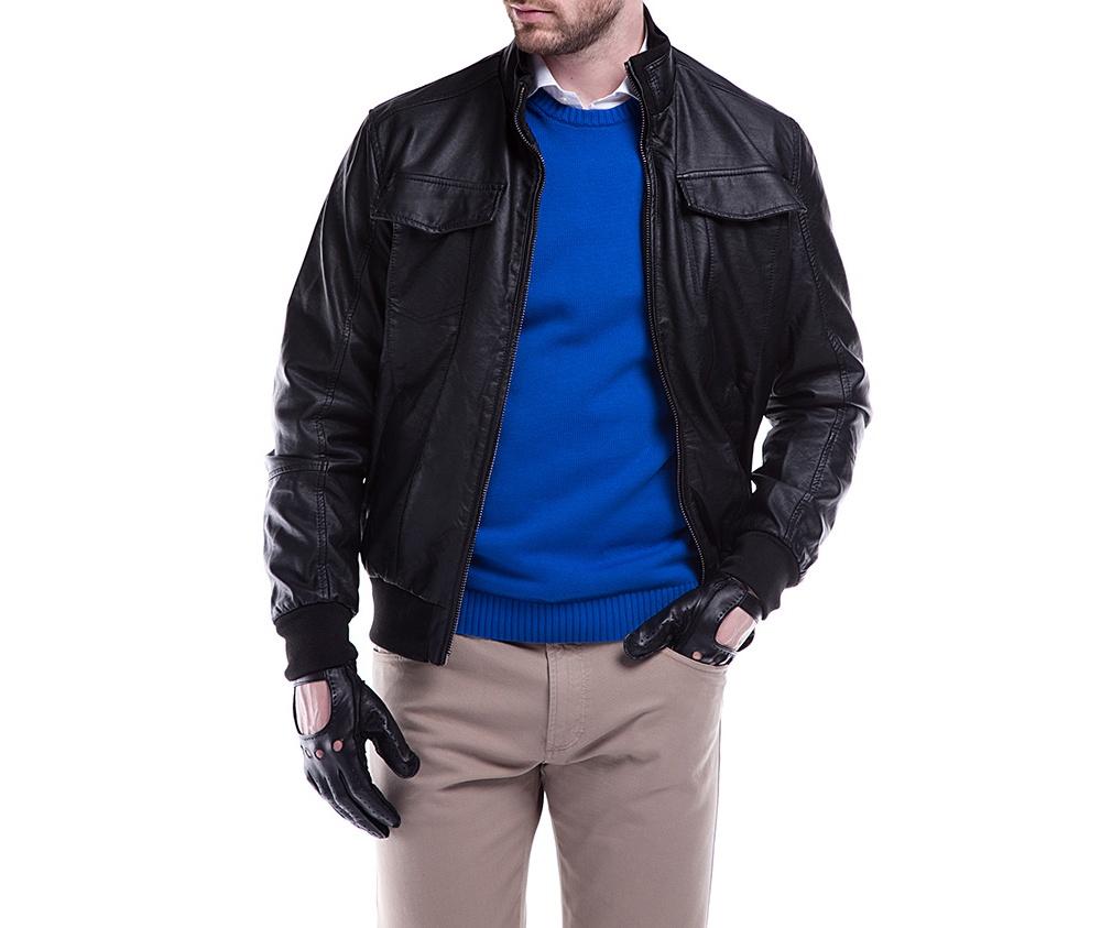 Куртка мужскаяКуртка мужская изготовлена из из высококачественных материалов. Застегивается на молнию. Воротник стойка на кнопке. Имеет 2 кармана внешних на молнии и внутренний карман на пуговице. Благодаря классическому крою , куртка идеально сочетается с многими стилями.<br><br>секс: мужчина<br>Цвет: черный<br>Размер INT: XXL