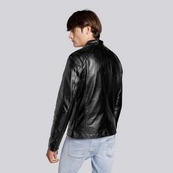 Męska kurtka ze skóry z pikowaniem na ramionach, czarny, 93-09-853-1-S, Zdjęcie 1