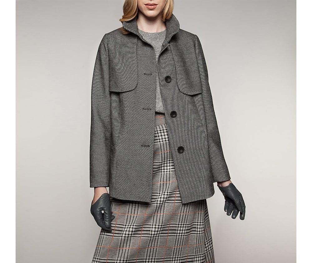 Куртка женская Wittchen 85-9W-101-W, бело-черныйКуртка женская<br><br>секс: женщина<br>Цвет: белый<br>Размер INT: XL<br>материал:: Полиэстер<br>подкладка:: acetat<br>примерная общая длина (см):: 75