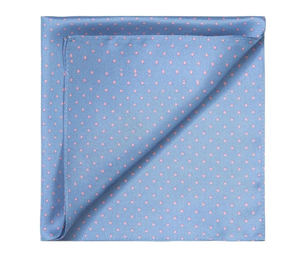 ПлатокПлаток-паше  выполнен из шелка,  Модель сочетает четыре различных узора, что  является очень функциональным решением, позволяющим свободно сочетать платок с различными образами.<br><br>секс: мужчина<br>Цвет: голубой<br>материал:: Шелк<br>высота (см):: 36<br>ширина (см):: 36