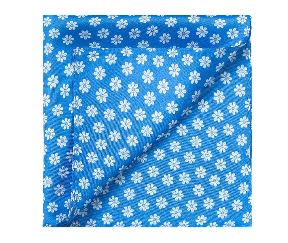 ПлатокПлаток-паше  выполнен из шелка со знаком наивысшего качества King Silk.  Выразительные узоры на платке будут хорошо гармонировать с однотонным галстуком , прекрасно дополнит мужской образ и придаст ему благородный характер.<br><br>секс: мужчина<br>Цвет: голубой<br>материал:: Шелк<br>высота (см):: 33<br>ширина (см):: 33