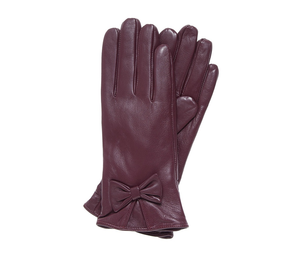 Перчатки женские Wittchen 39-6-550-BD, бордовыйЭлегантные, женские утепленные перчатки выполнены из высококачественной натуральной кожи.Перчатки идеально  ложатся по руке, благодаря вшитой изнутри эластичной резинке. Драпировка с декоративным бантиком подчеркивает привлекательность и уникальный дизайн. Перчатки станут прекрасным дополнением к  Вашему образу и обеспечат защиту от холода.<br><br>секс: женщина<br>Цвет: красный<br>Размер INT: L<br>вид:: утепленные<br>материал:: Натуральная кожа<br>подкладка:: polar