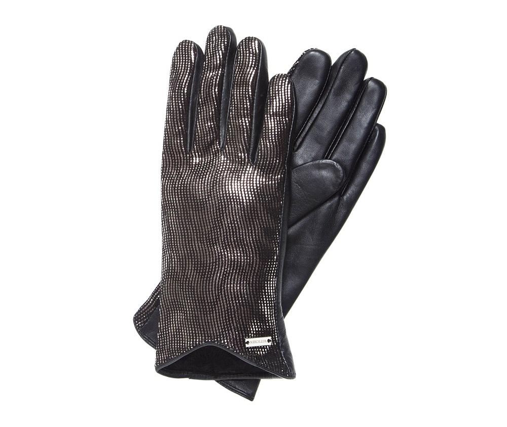 Перчатки женскиеЭлегантные, женские утепленные перчатки выполнены из высококачественной натуральной кожи. Перчатки идеально  ложатся по руке, благодаря вшитой изнутри эластичной резинке. На замше контрастно выделяется, блестящая текстура украшающая модель. Уникальный дизайн перчаток, подчеркнутый небольшим вырезом, добавит элегантности Вашему образу.<br><br>секс: женщина<br>Цвет: черный<br>Размер INT: M<br>вид:: утепленные<br>материал:: Натуральная кожа<br>подкладка:: polar