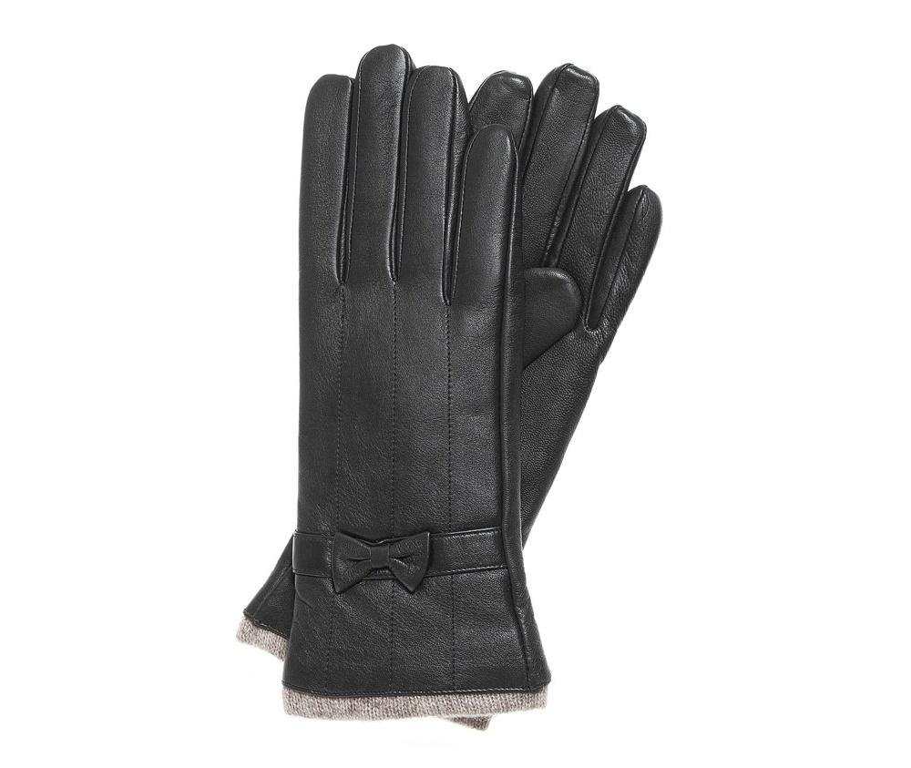 Перчатки женскиеКлассические женские утепленные перчатки выполнены из высококачественной натуральной кожи.<br><br>секс: женщина<br>Цвет: черный<br>Размер INT: L<br>вид:: утепленные<br>материал:: Натуральная кожа<br>подкладка:: шерсть