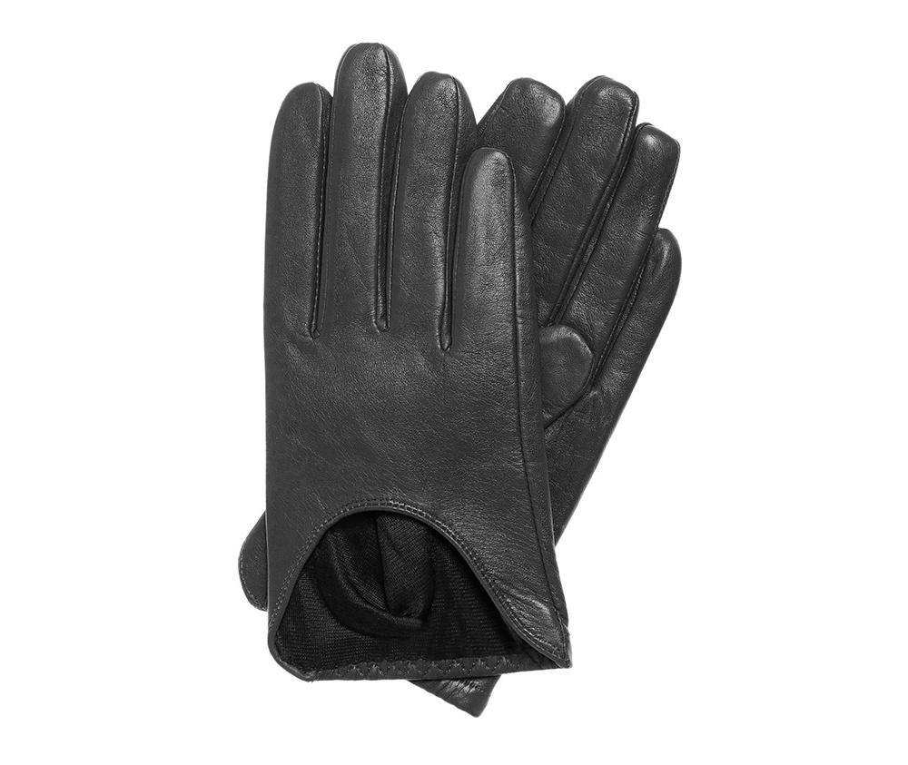 Перчатки женскиеКлассические женские неутепленные перчатки выполнены из высококачественной натуральной кожи.<br><br>секс: женщина<br>Цвет: черный<br>Размер INT: L<br>вид:: неутепленные<br>материал:: Натуральная кожа<br>подкладка:: полиэстр