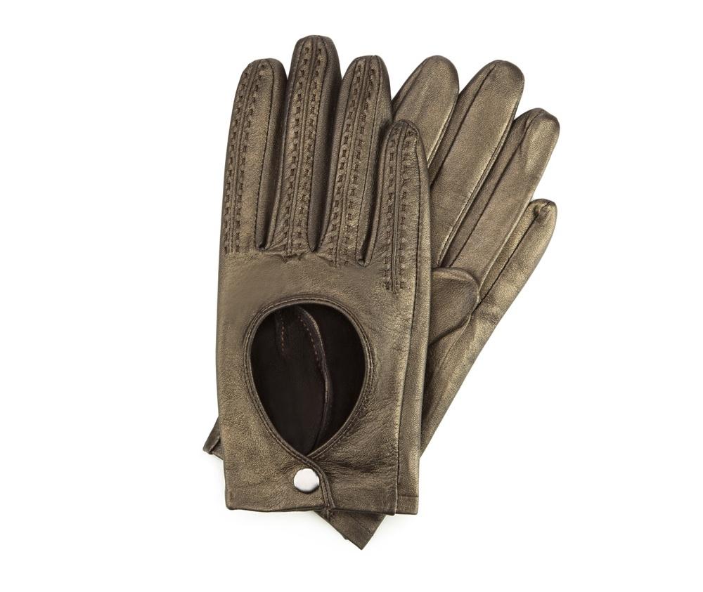 Перчатки женскиеЖенские автомобильные перчатки, изготовлены из натуральной кожи высокого качества.Они не только практичы,но и чрезвычайно привлекательны. Дополнительным преимуществом является кнопка для легкого надевания перчаток.       Размер  V  S  M  L  XL      Длина (cм)  18,5  19  19,5  20  20.5      Ширина (cм)  8  8,5  9  9,5  10      Длина среднего палеца (cм)  7,5  8  8,5  9  9,5<br><br>секс: женщина<br>Цвет: желтый<br>Размер INT: L<br>вид:: автомобильные<br>материал:: Натуральная кожа