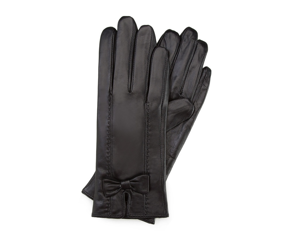 Перчатки женские кожаныеПерчатки женские кожаные<br><br>секс: женщина<br>Цвет: черный<br>Размер INT: M<br>материал:: Натуральная кожа