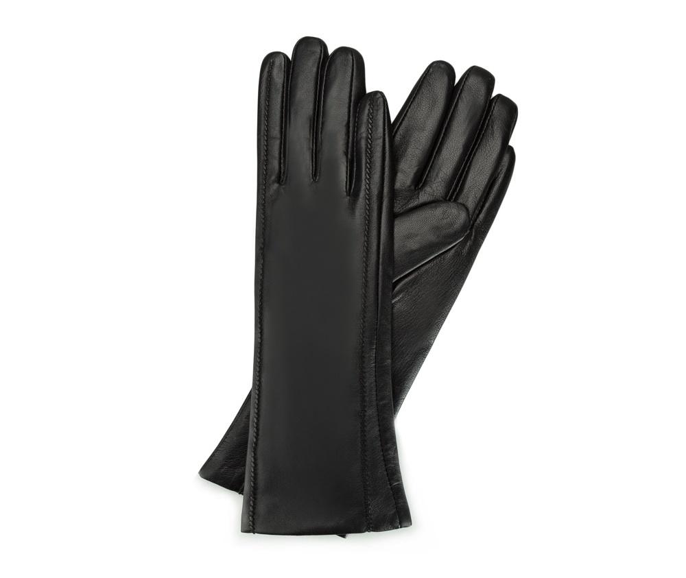 Перчатки женские кожаныеПерчатки женские кожаные<br><br>секс: женщина<br>Цвет: черный<br>Размер INT: V<br>материал:: Натуральная кожа