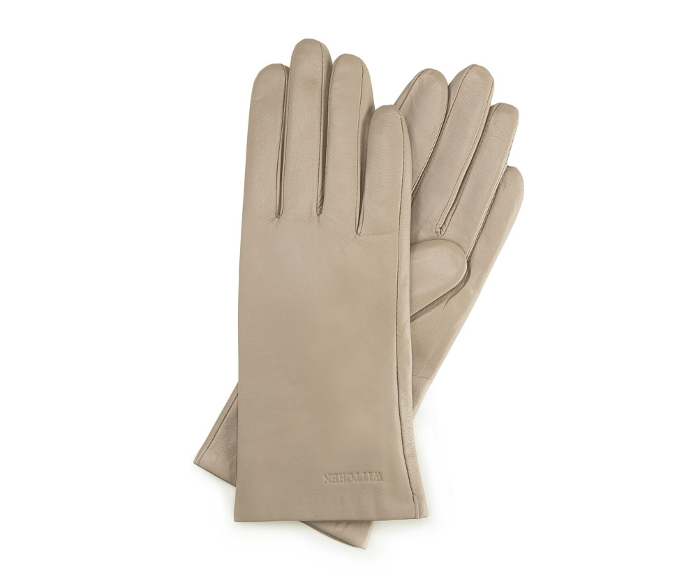 Перчатки женские кожаныеПерчатки женские кожаные<br><br>секс: женщина<br>Цвет: бежевый<br>Размер INT: S<br>материал:: Натуральная кожа