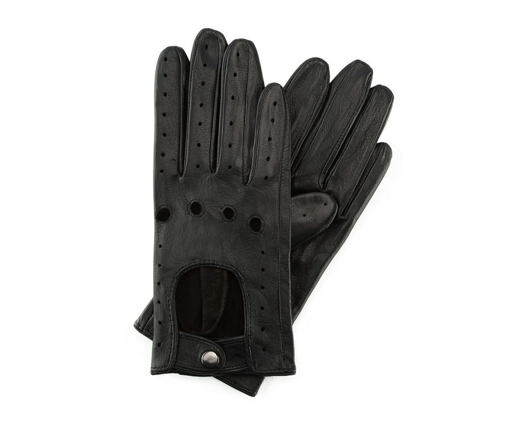 Перчатки женские Wittchen 46-6-274-1, черныйЖенские автомобильные перчатки, изготовлены из натуральной кожи высокого качества. Застежка на кнопке, безусловно, облегчает надевание перчаток, а оригинальные вырезы придаёт им современный характер.     Размер  V  S  M  L  XL      Длина (cм)  18  18,5  19  20  20,5      Ширина (cм)  7,5  8  8,5  9  9,5      Длина среднего палеца (cм)  7  7,5  8  8,5  9<br><br>секс: женщина<br>Цвет: черный<br>Размер INT: L<br>материал:: Натуральная кожа