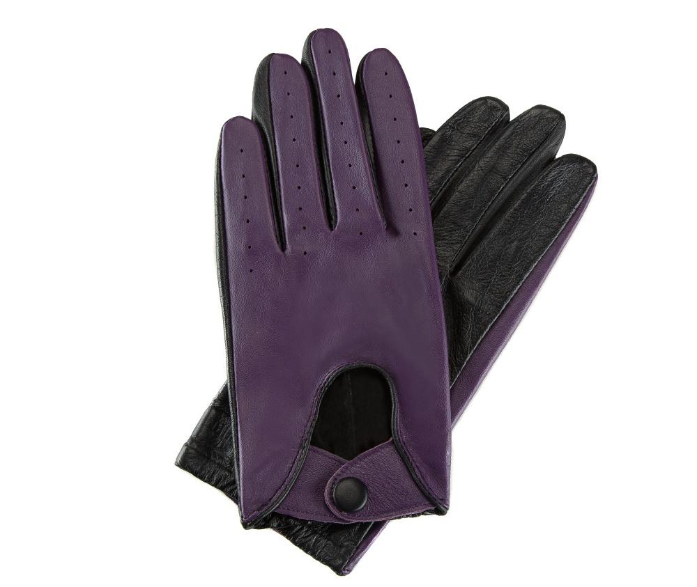 Перчатки женские автомобильныеЖенские автомобильные перчатки, изготовлены из натуральной кожи высокого качества. Благодаря застежке, которая образует выемку , по внешней стороне перчатки и резинке, перчатки подойдут к любому стилю.        Размер V  S  M  L  XL  Длина (см) 19 19.5 20 20.5 21.5 Ширина (см) 8 8.5 9 9.5 10 Длина среднего палеца (см) 7,5 8 8,5 9 9,5<br><br>секс: женщина<br>Цвет: фиолетовый<br>Размер INT: L<br>вид:: автомобильные<br>материал:: Натуральная кожа