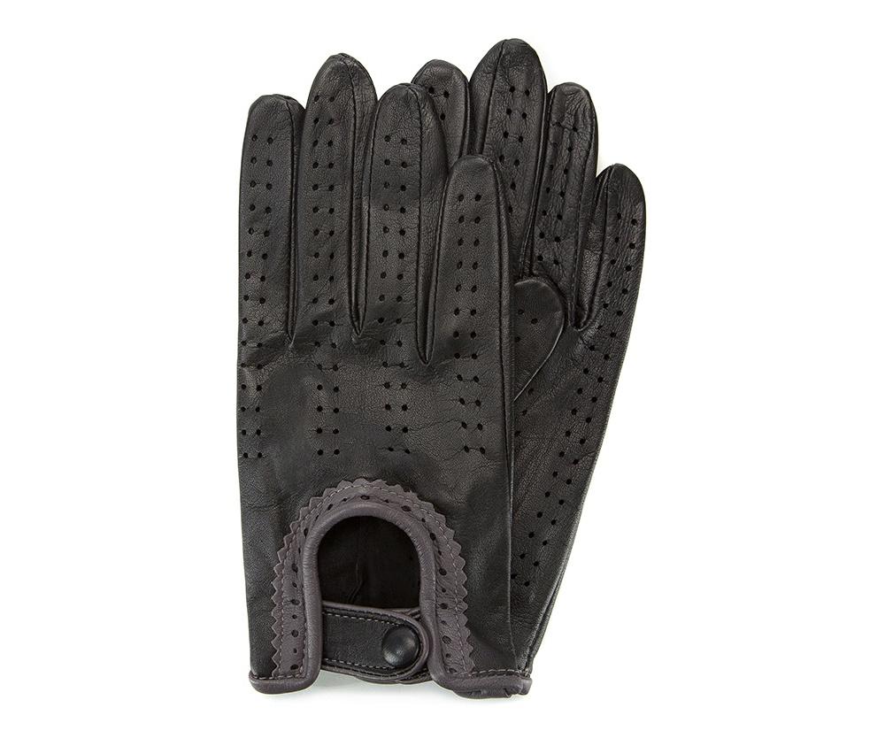 Перчатки женские автомобильныеЖенские автомобильные перчатки, изготовлены из натуральной кожи высокого качества. Эта модель не только практична, но и очень привлекательна. Интересная отделка делает перчатки очень элегантными и женственными. Их дополнительным преимуществом является кнопка, облегчающая надевание.       Размер  V  S  M  L  XL      Длина (cм)  19,5  20  20,5  21  21,5      Ширина (cм)  8  8,5  9  9,5  10      Длина среднего палеца (cм)  7,5  8  8,5  9  9,5<br><br>секс: женщина<br>Цвет: черный<br>Размер INT: L<br>вид:: автомобильные<br>материал:: Натуральная кожа