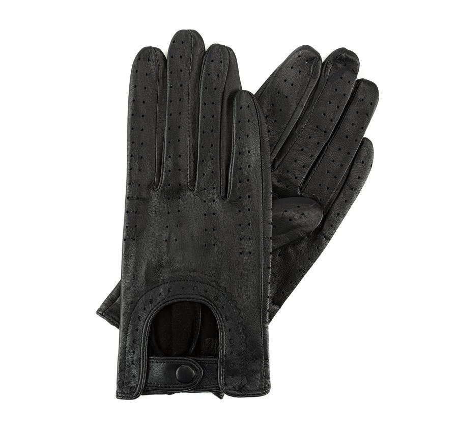 Перчатки женскиеЖенские автомобильные перчатки, изготовлены из натуральной кожи высокого качества. Застежка для легкого надевания и интересная отделка делают перчатки практичными и в то же время очень женственными.       Размер V  S  M  L  XL  Длина (см) 19  19,5  20  20,5  21 Ширина (см) 7,5  8  8,5  9  9,5 Длина среднего палеца (см) 7,5 8 8,5 9 9,5<br><br>секс: женщина<br>Цвет: черный<br>Размер INT: L<br>материал:: Натуральная кожа