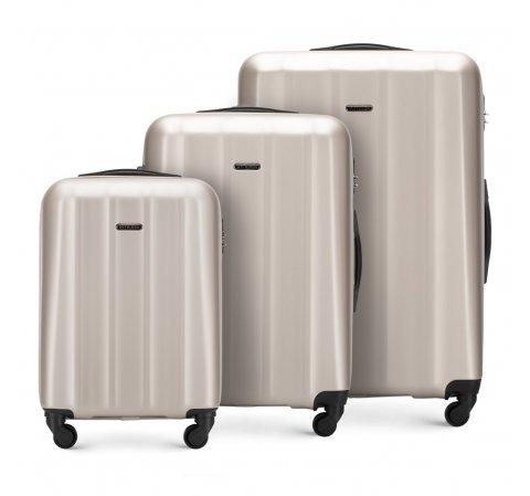 Комплект чемоданов 56-3P-11S-86
